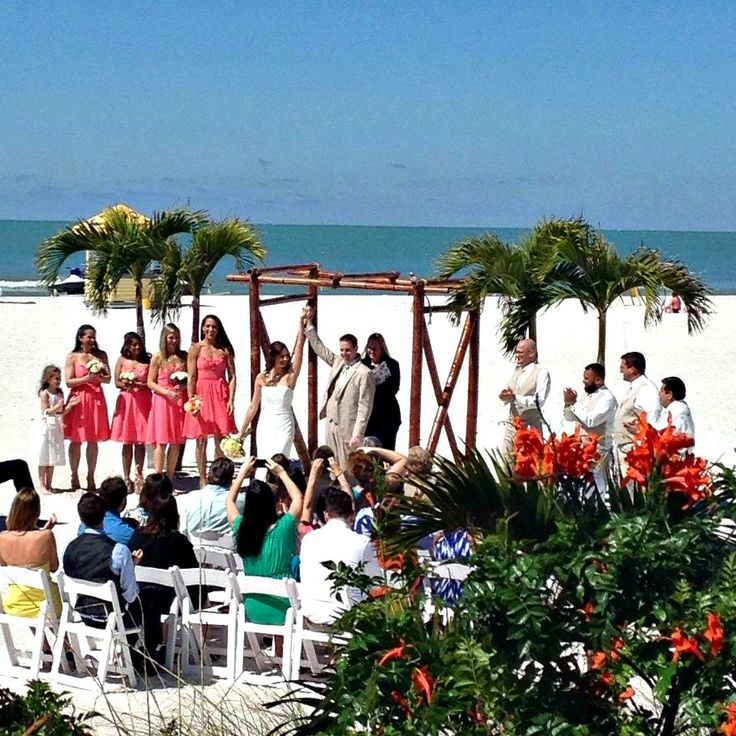 Florida Beach House Weddings: Beach Wedding At The Grand Plaza Hotel In St. Petersburg