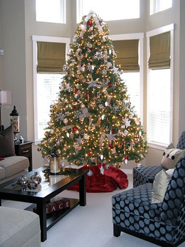 52 best images about i have issues on pinterest christmas trees red gold and trees. Black Bedroom Furniture Sets. Home Design Ideas