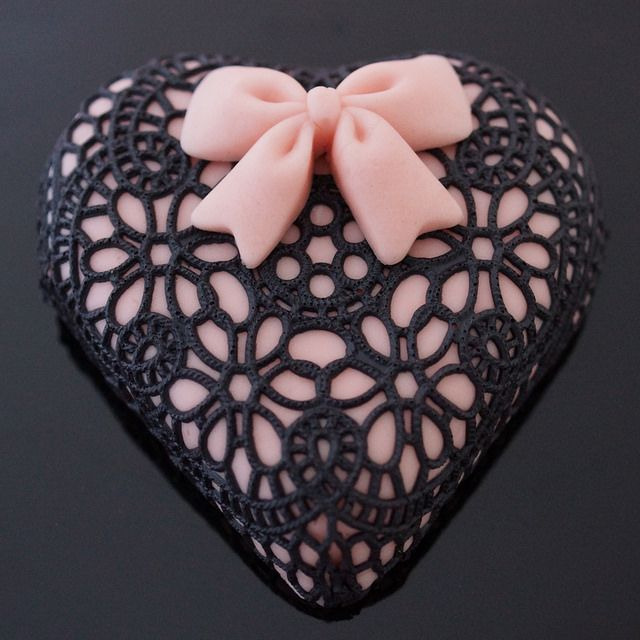 Adventures in Sugarland Black Lace Valentine Brownie by The sugar mice, via Flickr