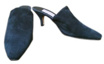 Genuine suede, kitten heel mule. Beautiful shoe, Worn once with no wear shown to sole - suede has minor storage blemishes, no damage and appear as a shoe only worn once, gently...8.5 and I need a 9.
