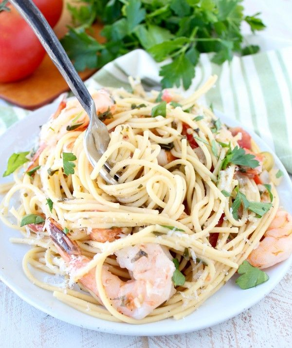 One Pot Tuscan Shrimp Scampi Pasta Recipe, made with Chardonnay purchased at @gogroceryoutlet! #spon