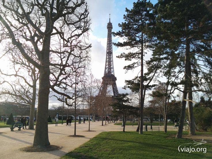 La Torre Eiffel, joya de París y Francia