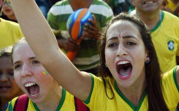 サッカー・ワールドカップ(W杯)ブラジル大会の開幕戦ブラジル-クロアチアを観戦する女性サポーター(サンパウロ)(2014年06月12日) 【AFP=時事】 ▼12Jun2014時事通信 ワールドカップ美女サポーター 写真特集 http://www.jiji.com/jc/wcup2014?d=d4_ftbnnp=wbs214-jpp017344999s=photolist #Brazil2014 #Brazil_Croatia_group_A