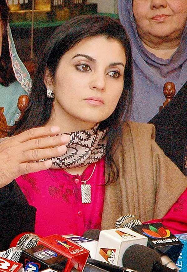 pakistani female politician hot pics