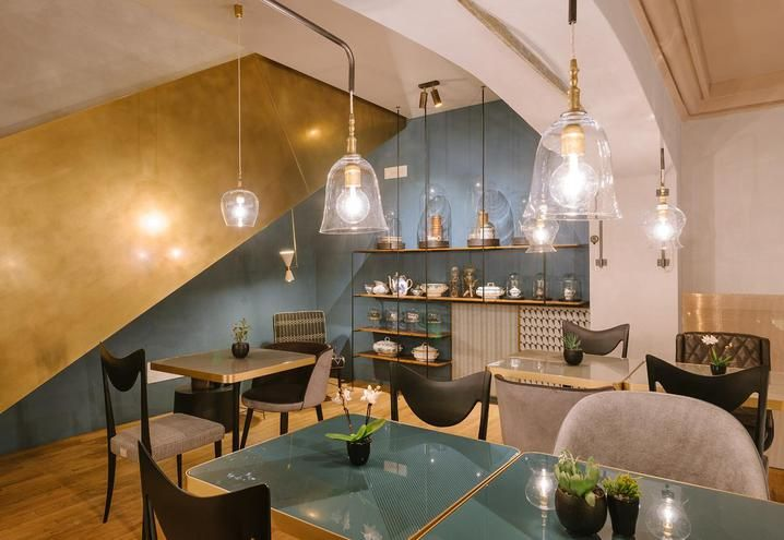 Vintage and design style for the new Cannavacciuolo Café & Bistrot in Novara / Arredi di design e vintage per il nuovo Cannavacciuolo Café & Bistrot a Novara