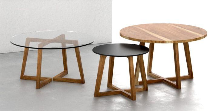 Mirá imágenes de diseños de Livings de estilo moderno en : Mesas ratonas rendondas. Encontrá las mejores fotos para inspirarte y creá tu hogar perfecto.