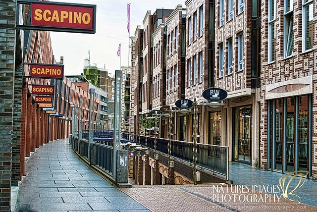 """""""Nijmegen"""" - de koopgoot, Marikenstraat"""