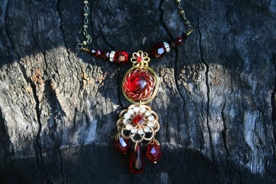 Round She Goes - Market Place - Delicate Red Crystal Necklace