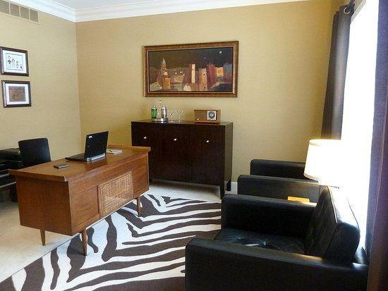 Best 25+ Menu0027s Office Decor Ideas On Pinterest | Man Office Decor, Home  Study Rooms And Home Office Lighting