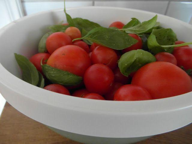 Blommor i fönstret: Tomater
