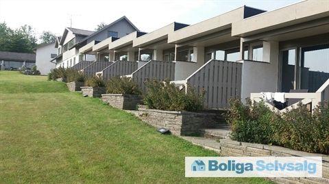 Klinteløkken 9C, 3770, 3770 Allinge - Pragtfuld ferielejlighed med terrasse og vandudsigt #fritidshus #sommerhus #ferielejlighed #allinge #bornholm #selvsalg #boligsalg #boligdk