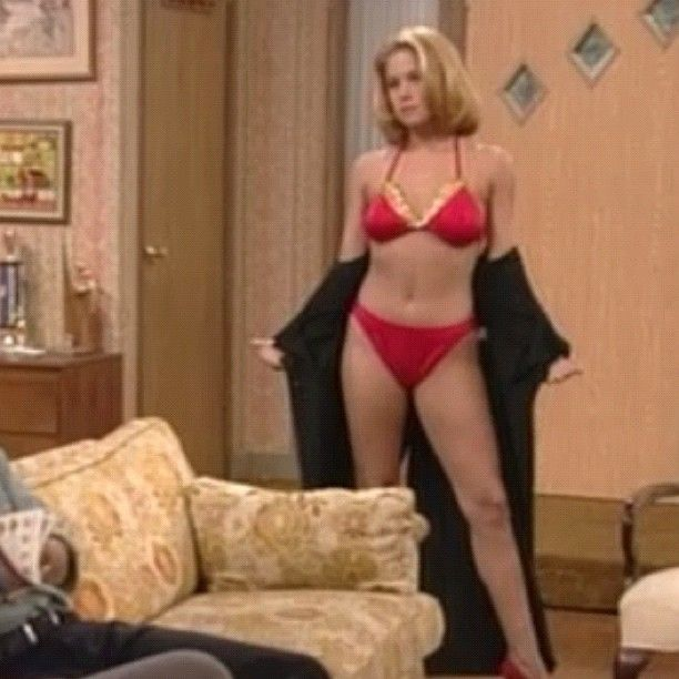 Al Bundy vs Marcy Darcy - YouTube