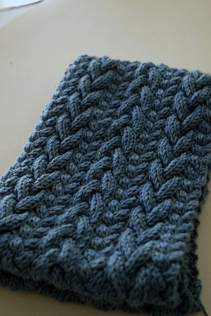 Beautiful cables! Ravelry: Project Gallery for Liesl Cowl pattern by Carrie Bostick Hoge