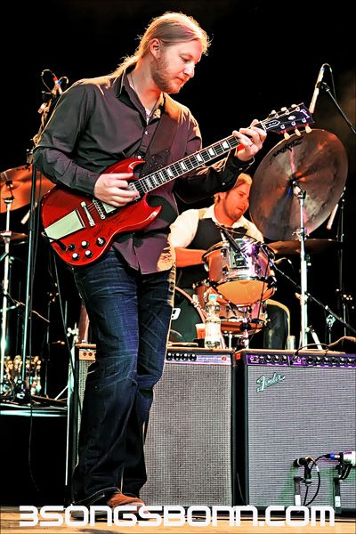 Derek Trucks: How can you not love awesome electric slide guitar?