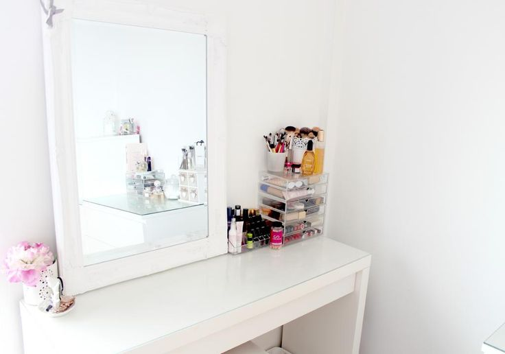 My dressing table and makeup storage ikea malm dressing for Gumtree beauty table