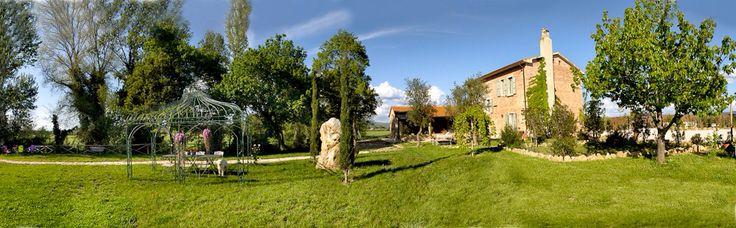#tuscany #toscana #toskana #farmhouse #rustico #podere #landhaus #for sale #vendesi #verkauf #immobile #immobilie #real estate www.studiocasatoscana.com