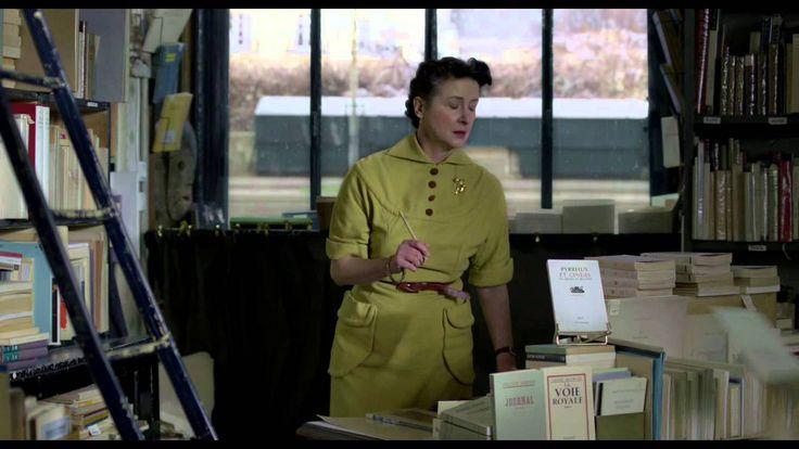 Violette: Violette Leduc, née bâtarde au début du siècle dernier, rencontre Simone de Beauvoir dans les années d'après-guerre à St-Germain-des-Prés. Commence une relation intense entre les deux femmes qui va durer toute leur vie, relation basée sur la quête de la liberté par l'écriture pour Violette et la conviction pour Simone d'avoir entre les mains le destin d'un écrivain hors norme.