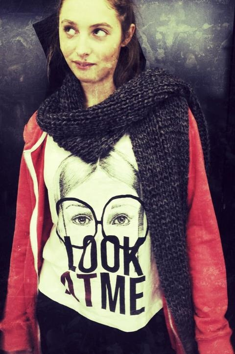 Look At Me, t-shirt from Zara, hand knitted scarf by me!