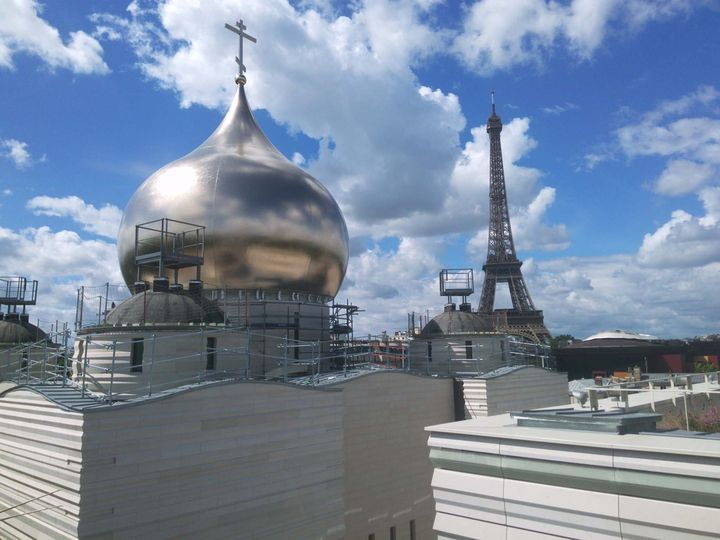 Double peau pour l'église orthodoxe russe à Paris