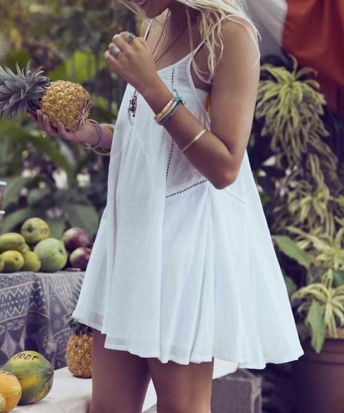 Little white dress. beautiful for summer, light and delicate. with blues, turqouis and pastel accents in the jewellery this would make a perfect summer outfit. xox