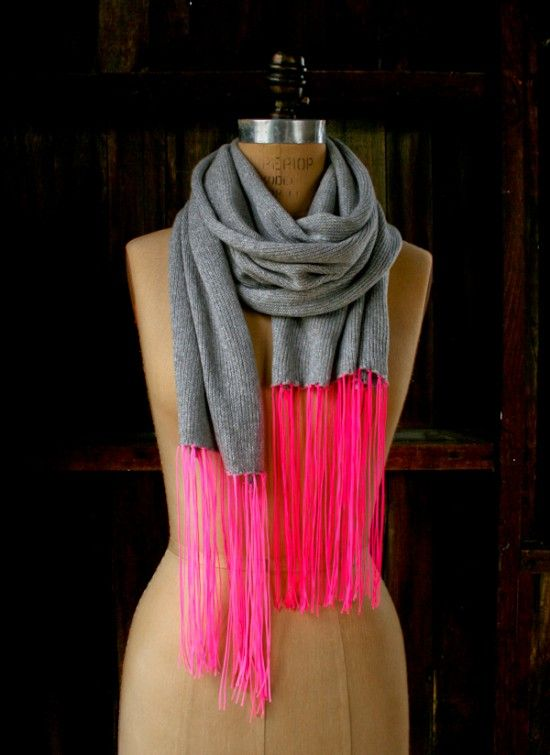 Fringe Crafts - a neon and gray scarf, the most perfect color combo for a teen girl