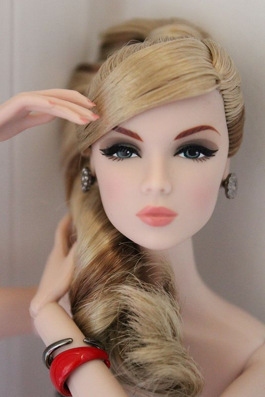 Eden, Fashion Royalty Doll