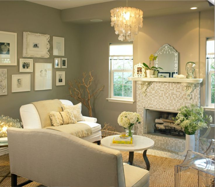 I like the feel of this room for my office (colors, accessories)Wall Colors, Living Rooms, Livingroom, Grey Wall, Colors Schemes, Frames Gallery, Frames Collage, Gallery Wall, Gray Wall