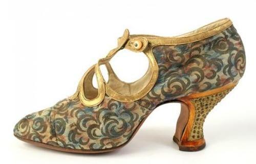 Art Deco Shoe - 1920's