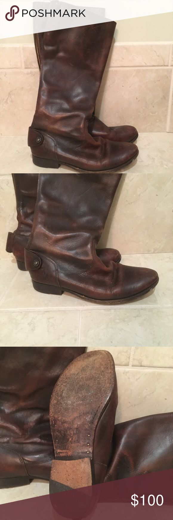 Frye Melissa Boot Size 7.5 Left ankle button is broken otherwise in great condition. Minor scratches from wear shown in photos. Size 7.5 Frye Shoes Winter & Rain Boots