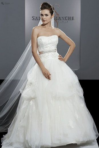 Saison Blanche Wedding Gown - Couture Collection - Style #4209