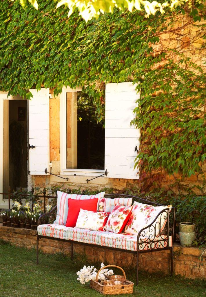 les 24 meilleures images du tableau v randa champ tre sur pinterest comptoir de famille. Black Bedroom Furniture Sets. Home Design Ideas