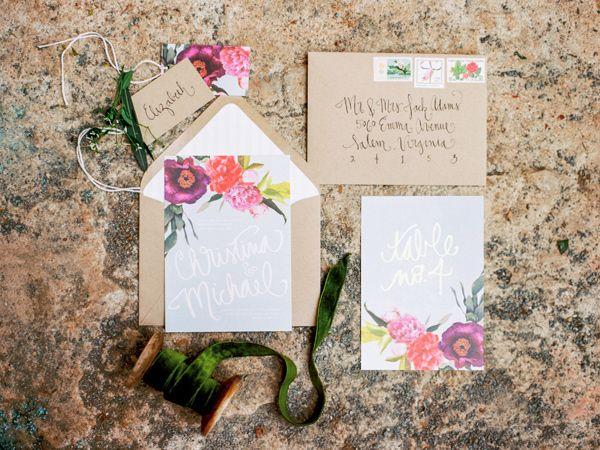 botanical inspired wedding invitations - photo by Love by Serena http://ruffledblog.com/oatlands-plantation-wedding-inspiration #weddinginvitations