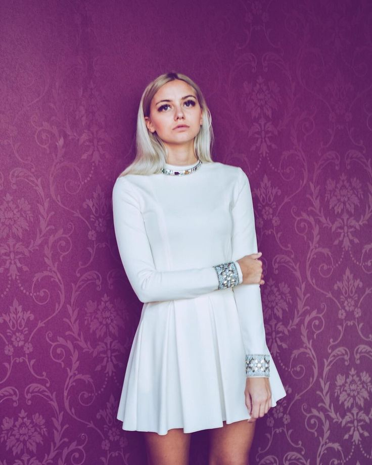 PÉCHÉ  #peche #white #7dresses #7dressesshop #7dressesboutique #online #onlineshop #model #whitedress #shortdress #bracelet #chocker #blonde #sexy #girl #whitedream #fashion #newcollection #style #redcarpetlook #redcarpet #loft #lookinggood #fashionist #perfect #photooftoday #blingbling #shopnow #mode #design  @kaati0 @piruschka1 @7dressesshop @buntestun @miru1689 @rena.luu