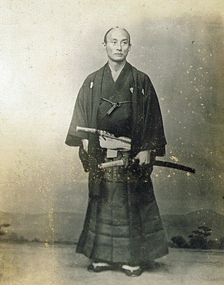 war and peace in the samurais The samurai were the military class of japan who developed from local provincial   in 1185, following years of civil war, the warrior clan of minamoto yoritomo   with japan at peace from around 1615, armour was used for ceremonial.