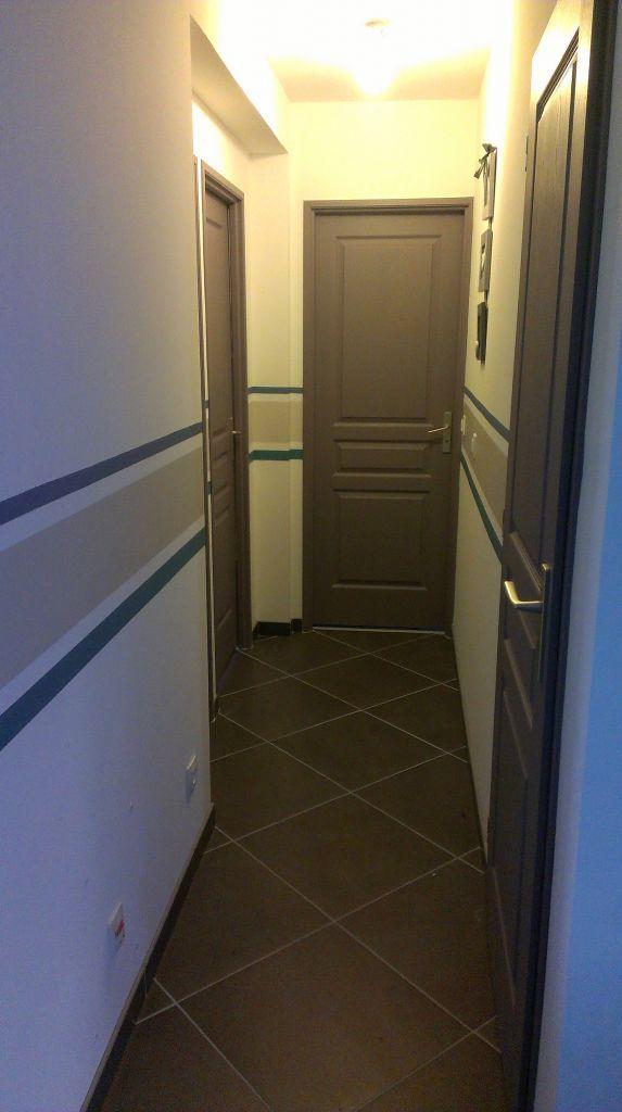m mes portes et m me carrelage que chez moi m mes emplacements avec les rayures que je. Black Bedroom Furniture Sets. Home Design Ideas