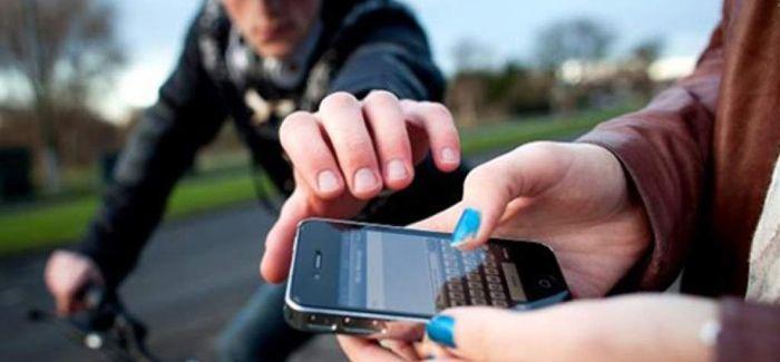 Nuestra columna T&T hoy en Diario Libre: En República Dominicana se roban más de mil celulares diarios http://www.audienciaelectronica.net/2016/02/en-republica-dominicana-se-roban-mas-de-mil-celulares-diarios/