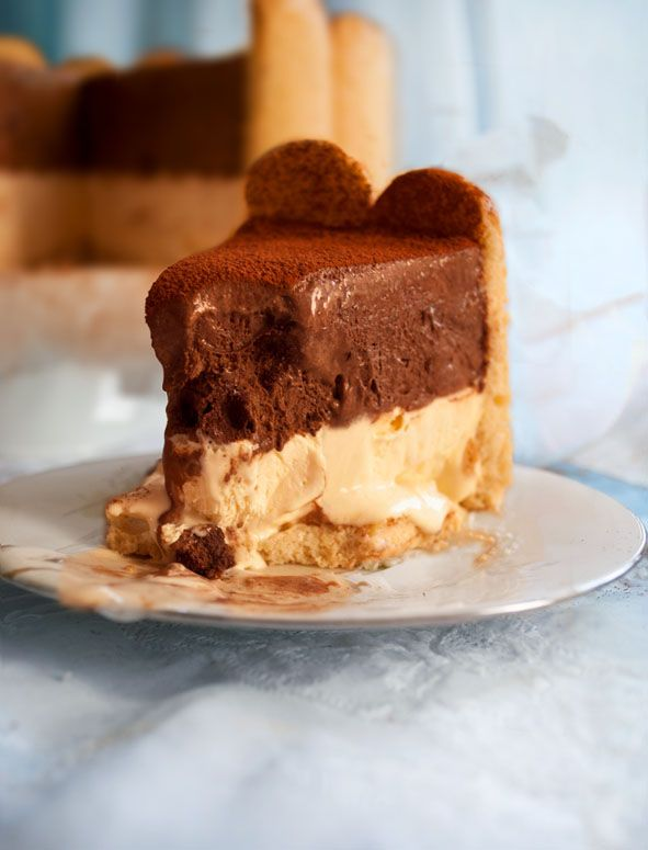 mookies: Γεννημένη την 4η Ιουλίου Icy Alcmene (ice cream cake)