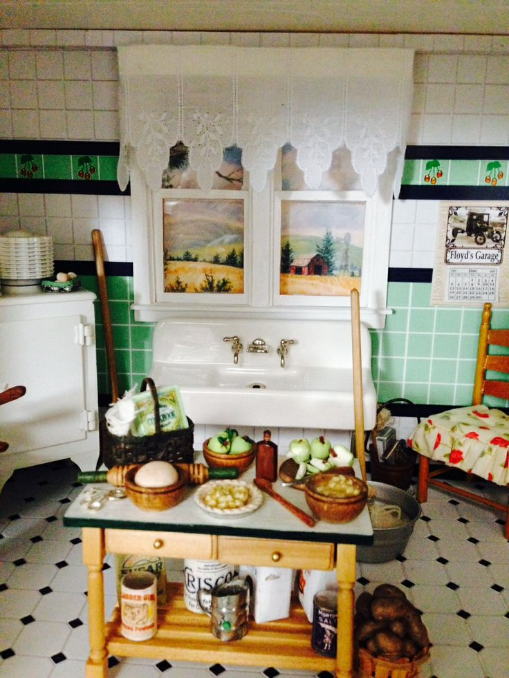 255 best images about dollhouse quilts bedding curtains for Kitchen quilting ideas