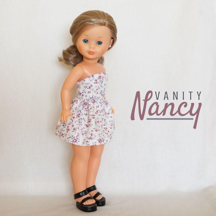 Vestido hecho con el patrón Nº0010 de Vanity Nancy. Cambia el largo de la tela o combina dos telas diferentes para conseguir distintos efectos.