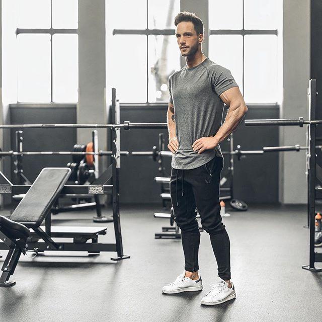 345 Best Men In Sports Images On Pinterest: 17 Best Ideas About Men's Workout Clothes On Pinterest