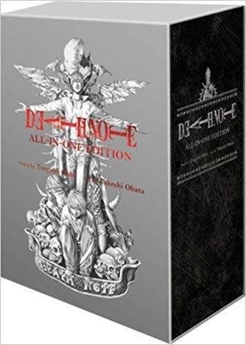 Death Note (All-in-One Edition) (Inglés) Pasta blanda  All 12 volumes of Death Note in one monstrously large edition!  This hefty omnibus combines all 2400 pages of the megahit thriller into a single massive tome presented in a beautiful silver slipcase. A perfect collectible conversation piece and a must-have for Death Note fans. Also contains an epilogue chapter never before seen in English!  Light Yagami is an ace student with great prospects and he's bored out of his mind. But all that…