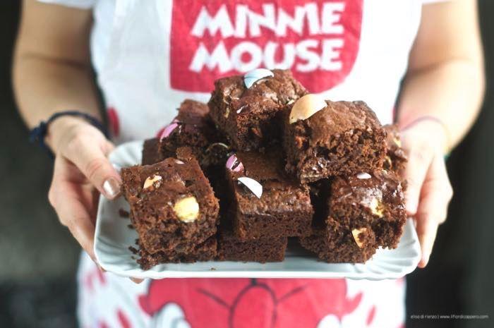 Chocolate brownies, i teneri dolcetti americani - ricetta di Nigella Lawson