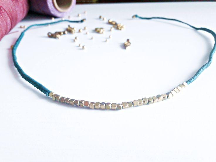 Collar macramé, gargantilla macramé y abalorios. Macrame chocker, necklace. Hecho a mano. Handmade. Beautiful, Boho, Hippie, Vintage. de Riquinhamacrame en Etsy