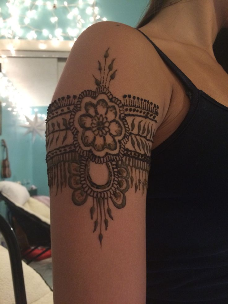 Flower henna arm band | My henna designs | Pinterest ...
