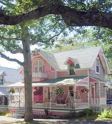 Like a big doll house :)