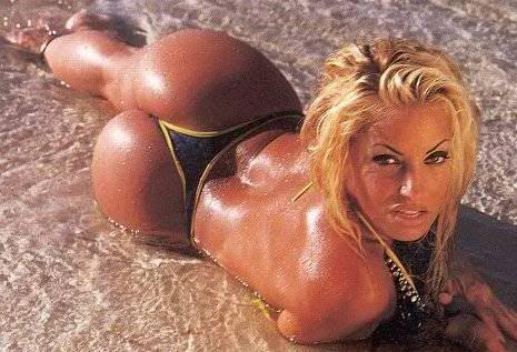 booty Trish stratus