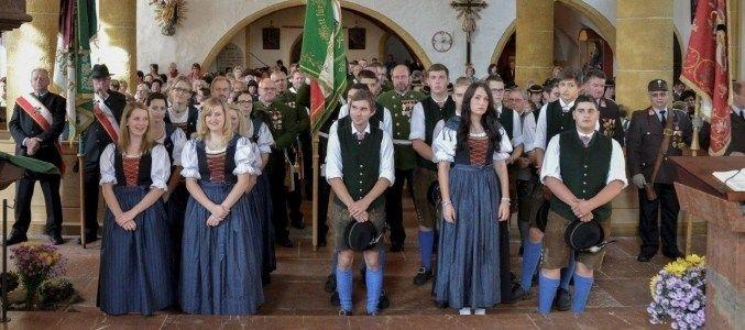 Jubiläum des Trachtenvereins d'Schmittenstoana
