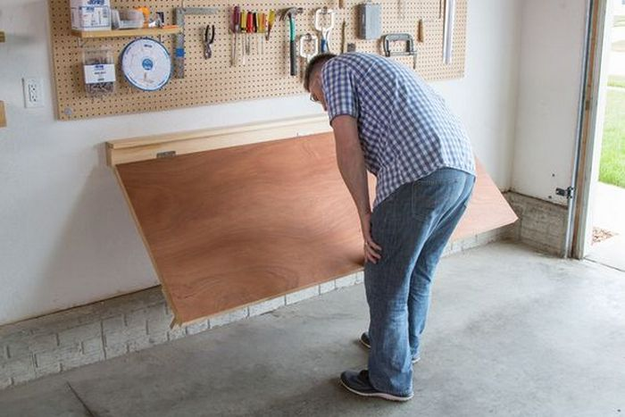 How To Build A Wall Mounted Folding Workbench Diy Diy