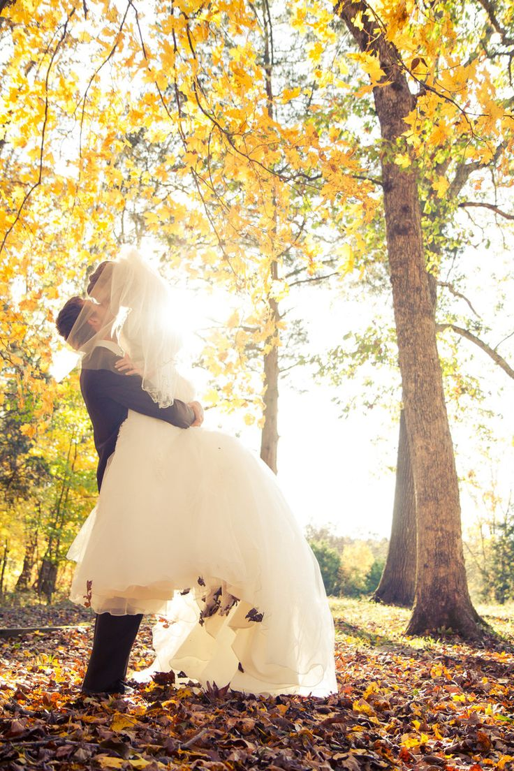A Gorgeous Fall Wedding Cedars of Lebanon, Tennessee Gavin Nutt Photography gavinnuttphotography.com