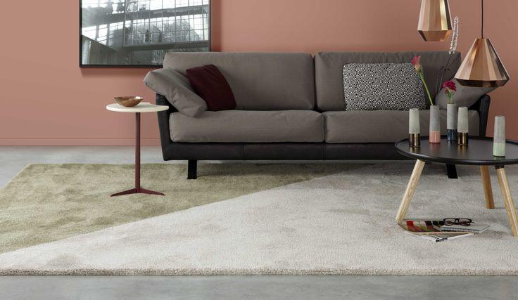 Koper, copper orange op de muur. #tapijt, vloerkleed van Desso